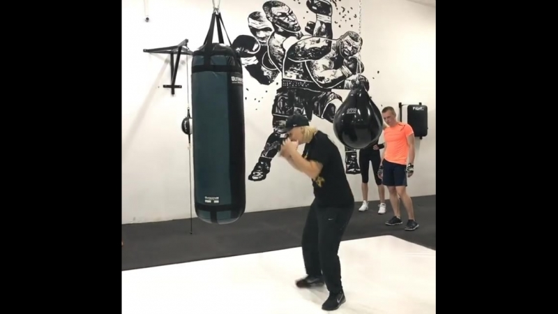 В боксе важно сместится с лини удара перед атакой, после атаки ❗️❗️❗️