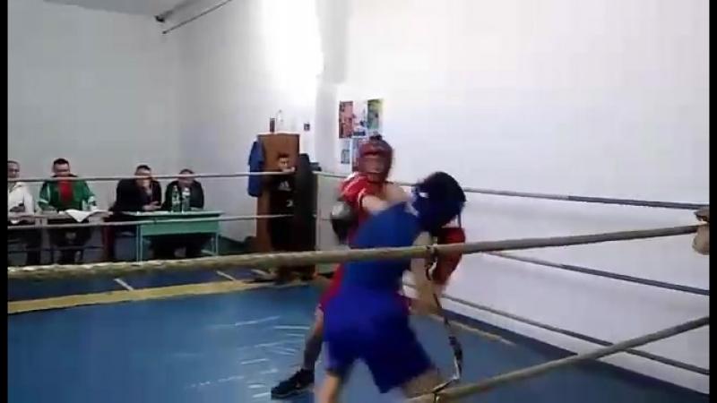 Змагання перший бой в Староконсантинові
