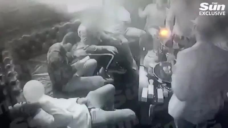 Игроки Арсенала перед сезоном устроили вечеринку с алкоголем и веселящим газом