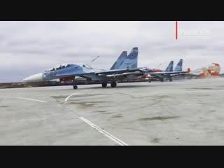 Новая взлетно-посадочная полоса аэродрома Бельбек в Крыму приняла первые боевые самолёты.