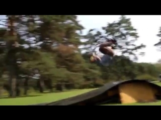 Kody bricen bmx fakie frontflip fakie (360p).mp4