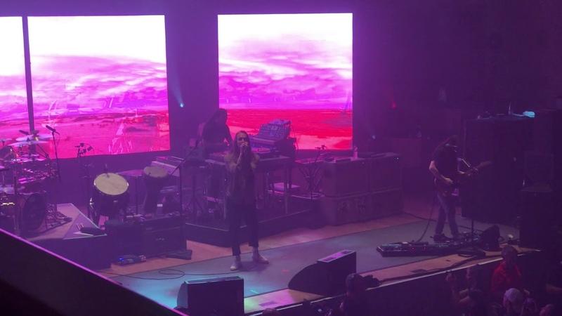 Megalomaniac by Incubus live in Belfast, September 2018 (4K) (strobe lighting) (EXPLICIT)