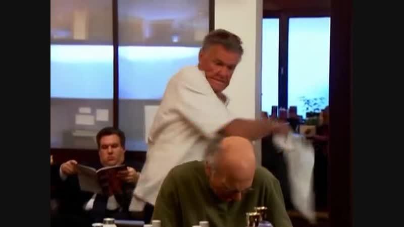 Larry David 6x04 escena peluquería vlc-record-2018-10-26-23h55m