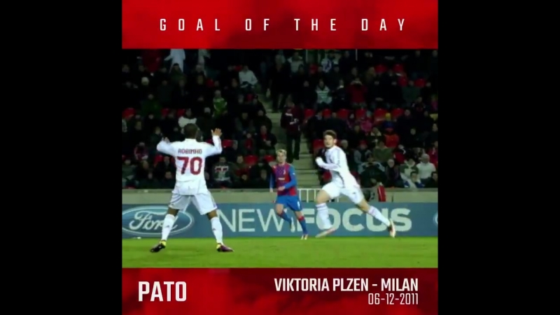 7 years ago @AlexandrePato scored a sneaky goal to make it 2-2 in the UCL match against Vi