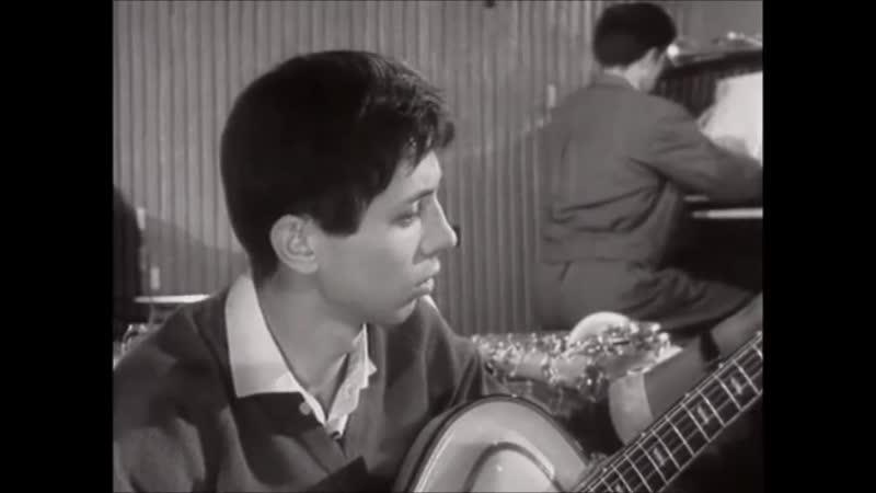 Девушка, с которой начинается утро (Первый троллейбус, 1964)
