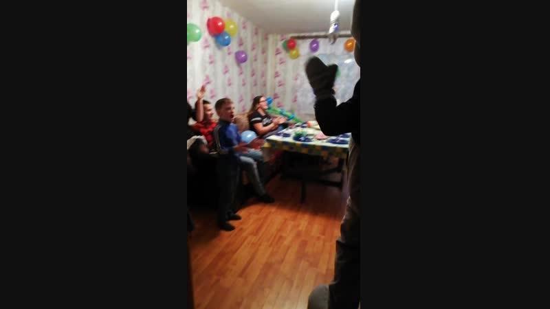 19.01.19 Мишка Тедди поздравлял Даниила, 2 годика 👏👏👏