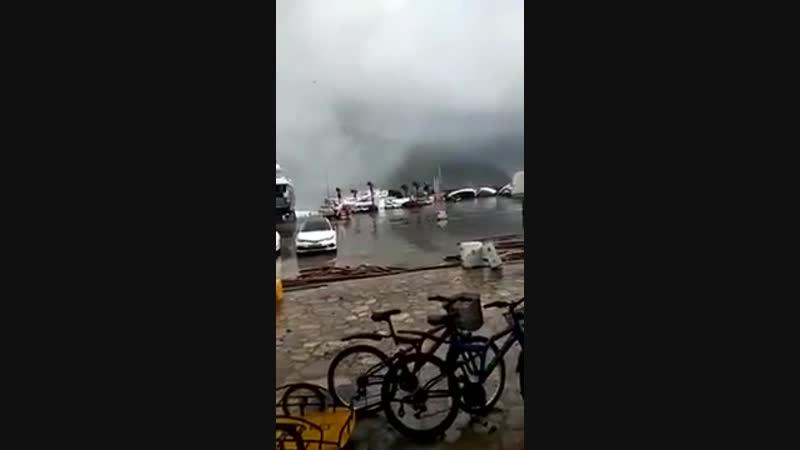 Storm hose disaster in Marmaris Türkiye Marmariste Fırtına Hortum Felaketi Türk (1)