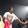 A$AP Rocky прыгнул в толпу во время выступления