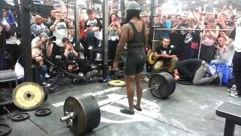 Richard Hawthorne 600 lbs x 4 reps (The Cage 2015)
