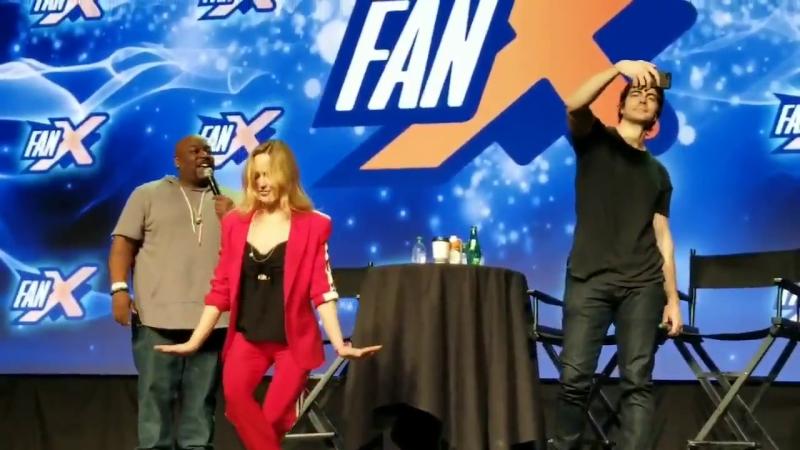 Caity Lotz at FanX Salt Lake Comic Convention 2018