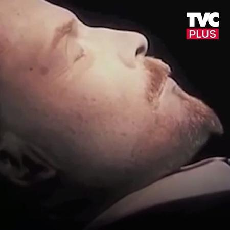 """""""В мавзолей предложили положить резинового Ленина. Нужно его похоронить?"""""""