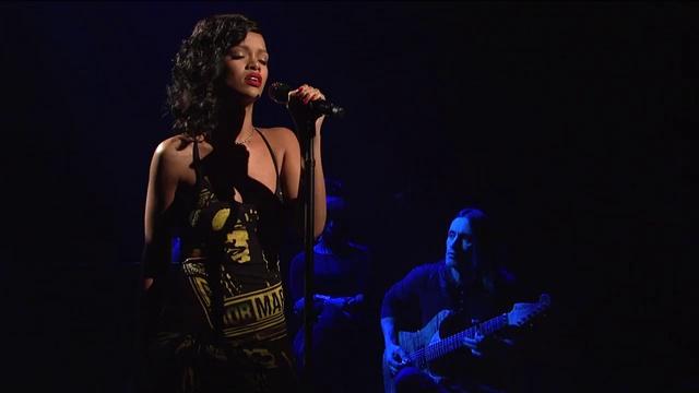Rihanna - Stay (живое выстпление)