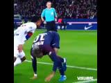 Neymar vs Kenny Tete