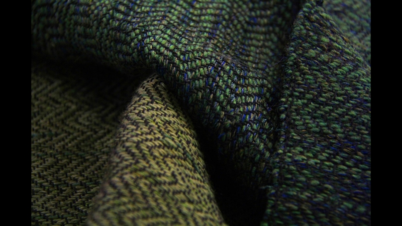 Экоакция - шарф из старых вещей