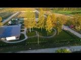 Аэросъемка дома, коттеджа в Ленобласти с примером ландшафтного дизайна. Загородная недвижимость. DJI Phantom 4 Pro