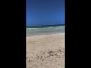 Море бывает разное на Джербе. 19.06.2018 Красный флаг на пляже.