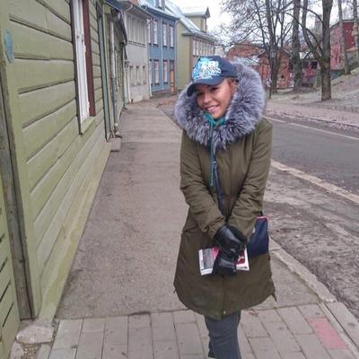 Вика Выбодовская