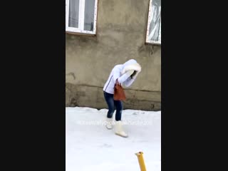 Как Даги просят номер [Нетипичная Махачкала] (кинул в снег)