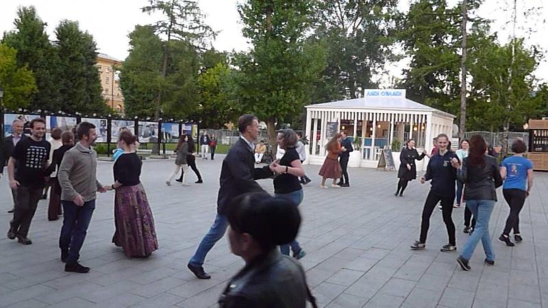 Circassian Сircle (вариация на тему шотландского кейли танца)