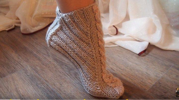 Вязаные тапочки носки спицами, без швов.