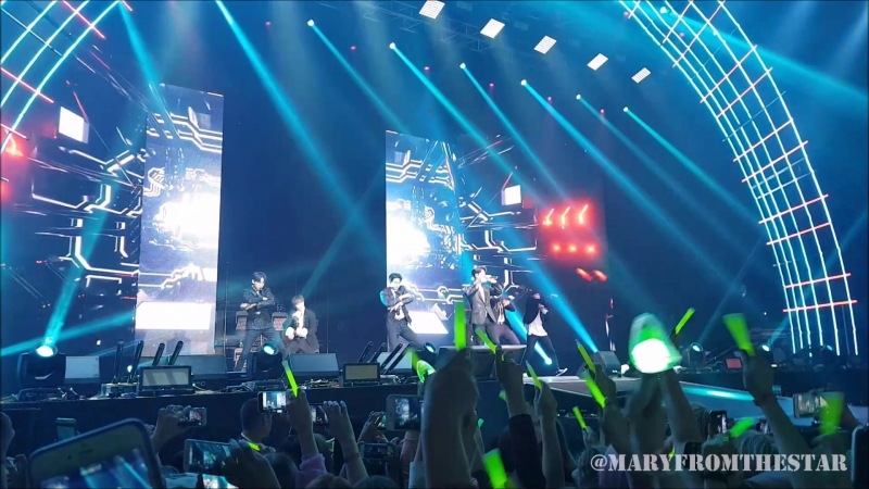 GOT7 Hard Carry 하드캐리 2018 Moscow tour Eyes on you