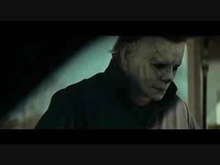 Halloween 2018 - michael myers puts on the mask
