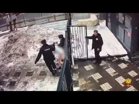 Подозреваемый в изнасиловании 14 летней девочки задержан сотрудниками полиции в Москве