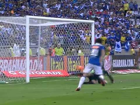 Os melhores momentos de Cruzeiro 4 x 1 Atlético - 28/07/13