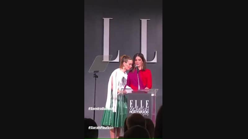 Сандра и Сара Полсон на ELLE Women In Hollywood Celebration