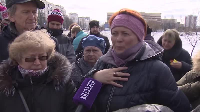 Жители МО Ульянка задыхаются от зловонной реки Новая (март 2018 г.)