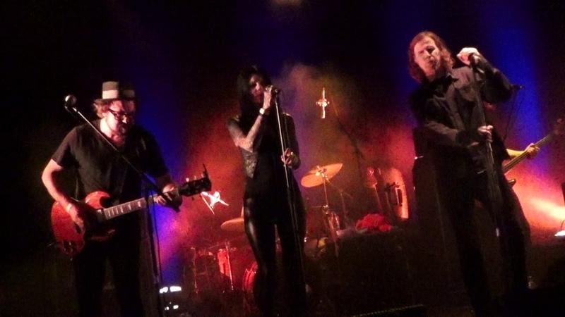 Mark Lanegan Band - Torn Red Heart / Harvest Home