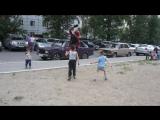 Танцевальное шоу для детей под песню Watching Meh