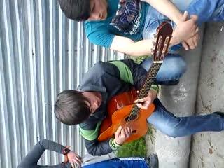 Даги-Махачкала (Офигенно поёт и играет на гитаре)