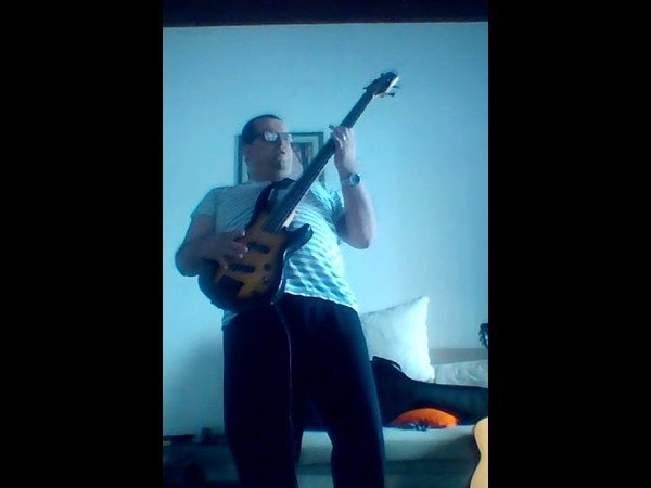 Pink Floyd Supreme remix Bass cover and the Supreme Majestic influence and Billy Feras Power