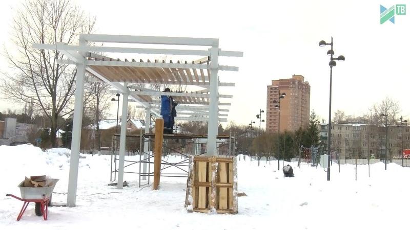 Сергей Керселян проверил ход благоустройства сквера на Центральном