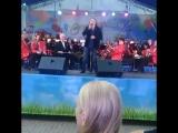 Иришка и Машуля танцуют и поёт Вячеслав Быков