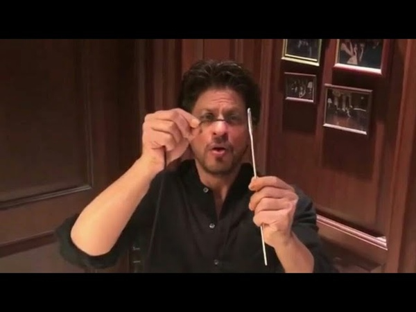 Shahrukh Khan Doing A Sui Dhaaga Challenge | Celebrity lifestyle