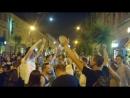 «Знаешь ли ты» в исполнении толпы болельщиков возле кирхи на Куйбышева