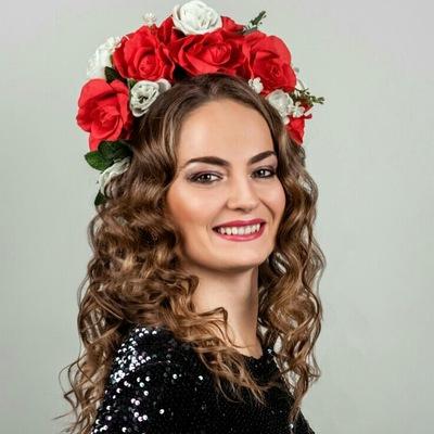 Олина Никитинская