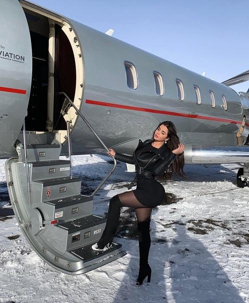 Опять личный самолет у Анастасии Квитко...