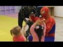 Супер нянь Человек паук