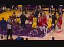 Рэджон Рондо и Крис Пол, устроили драку во время матче NBA - Lakers Vs Rockets