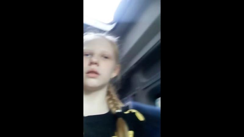 Анечка Капитолинина - Live