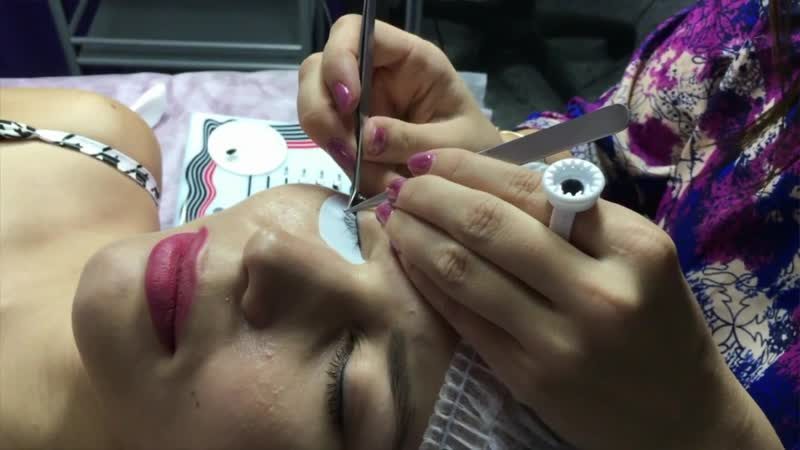 Кольцо для клея Lovely для процедуры наращивания ресниц