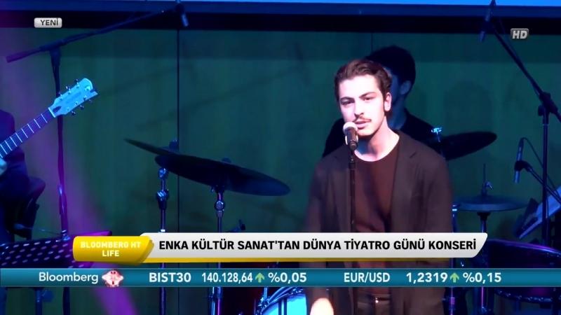 Boran Kuzum - Dünyayı Durduran Şarkı