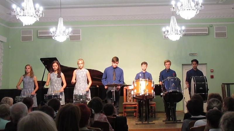 выступление коллектива ударных инструментов обойма.