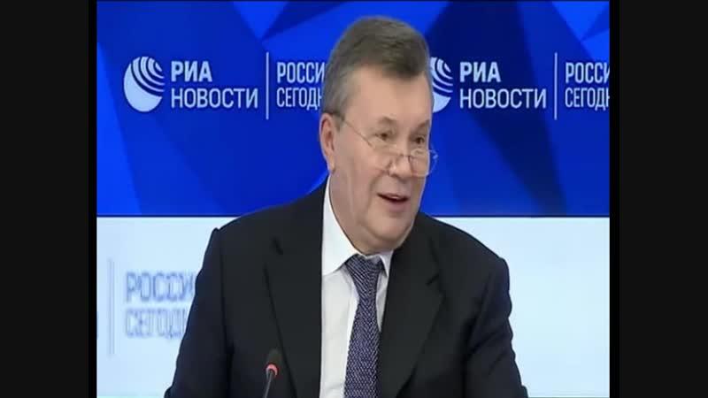Парубий - глава ВР, Пашинский тоже бегал с автоматиком и рассказывал, как нужно делать все красиво, - Янукович назвал свою верси