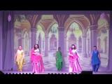 Индийская поют В. Атарщикова и Р. Агаева, хореография- ансамбль Белый день
