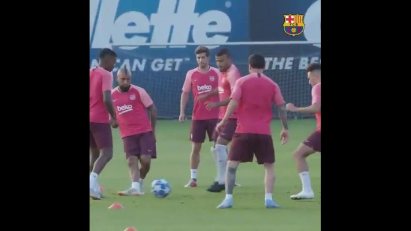 MATCHDAY Barça vs PSV Eindhoven 655 pm CET @ChampionsLeague Camp Nou BarçaPSV ForçaBarç