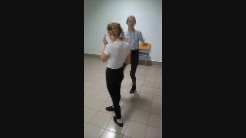 танцы от маши и Лены